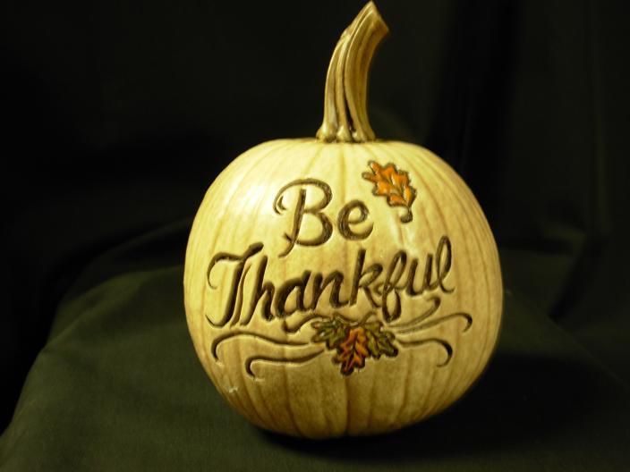 BeThankfulCarvedPumpkin(White)